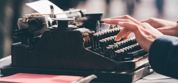 kegiatan penulisan public relations