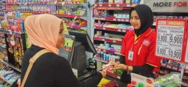 Tips Mengambil Uang ATM di Indomaret