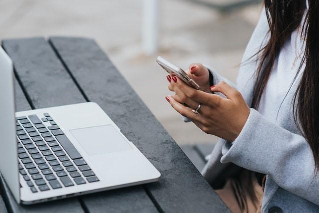Cara Mengirim Pesan Yang Baik dan Sopan Pada Dosen