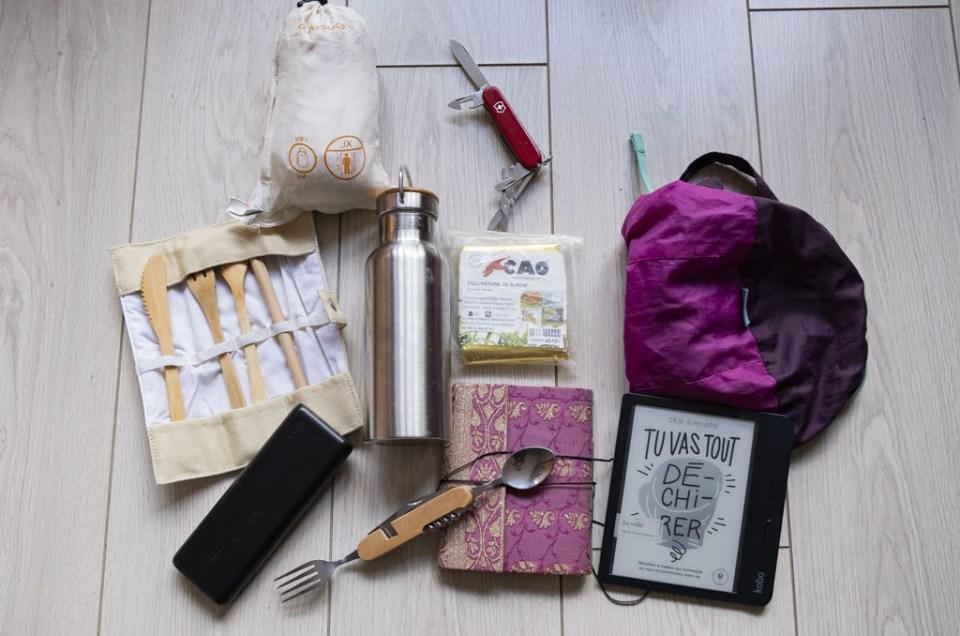 Mes 12 accessoires voyage indispensables dans mon sac à dos