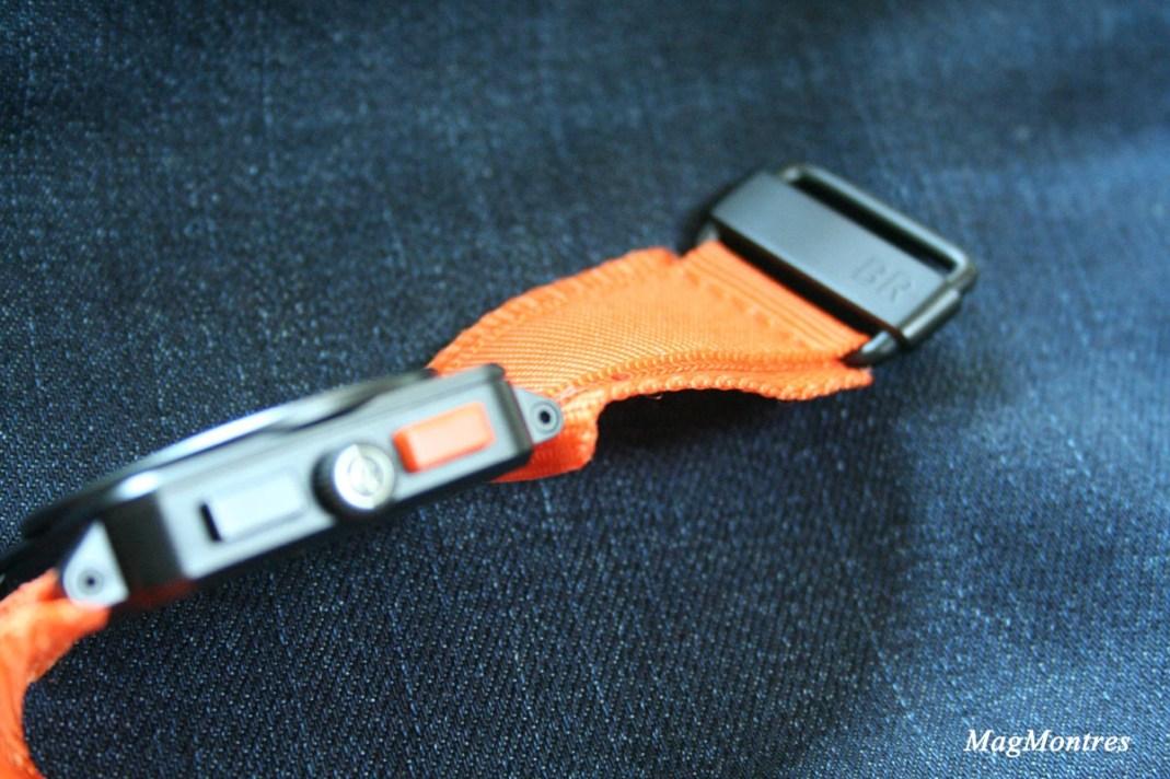 Montre BR 03-94 Carbon-Orange Ltd, bracelet et attache - Bell & Ross