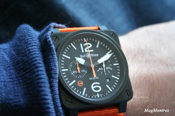 Montre BR 03-94 Carbon-Orange Ltd au poignet - Bell & Ross