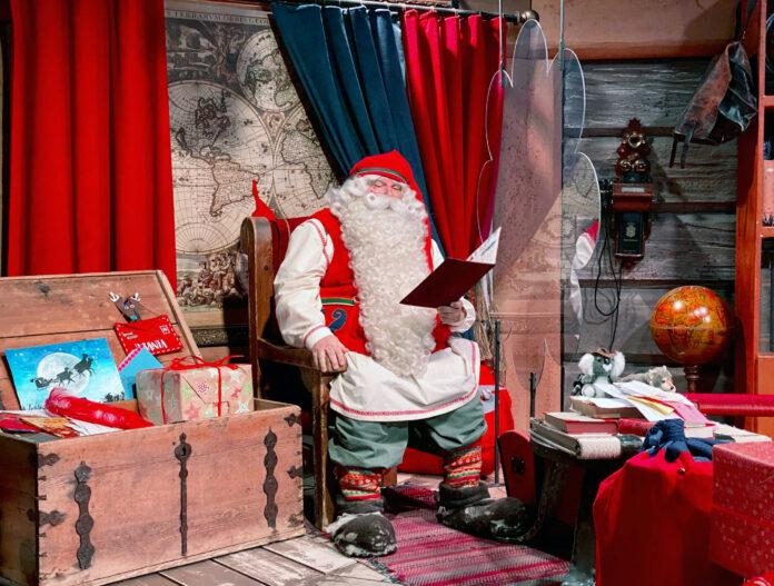 Ο Άγιος Βασίλης… καθησυχάζει τα παιδιά: Δεν θα ακυρωθούν τα Χριστούγεννα!