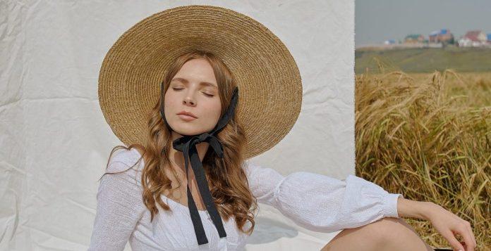 5 καπέλα που θα συμπληρώσουν φανταστικά κάθε σου καλοκαιρινό Look