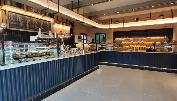 Bruno Karbelis Cafe Skopelos (7)