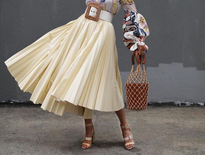 Πλισέ φούστα: 20 σχέδια για Easy Chic, καλοκαιρινές εμφανίσεις που θα συζητηθούν