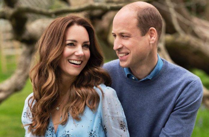 Kate Middleton: Βρήκαμε τους κρίκους της και κοστίζουν μόλις €12