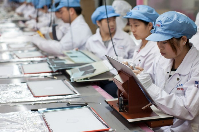Apple, Amazon: Γερουσιαστής μιλά για τις εργασιακές συνθήκες στην Κίνα