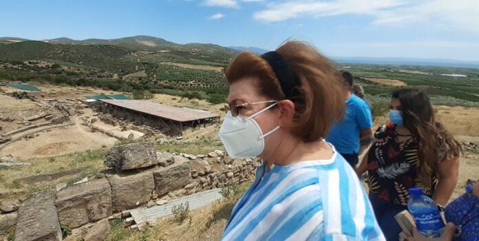 Λίνα Μενδώνη: Μέχρι τον Σεπτέμβριο του 2023 θα ολοκληρωθεί το Αρχαίο Θέατρο Φθιωτίδων Θηβών