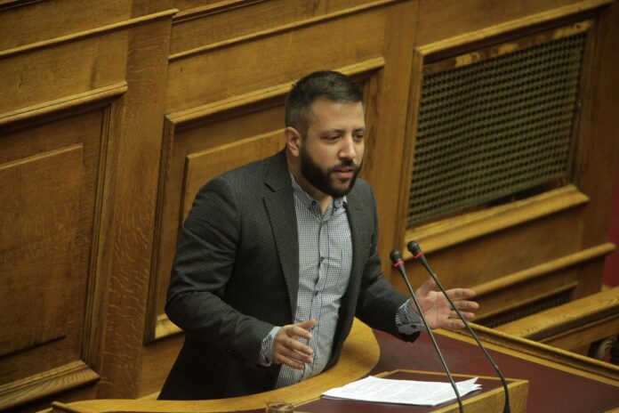 Παρέμβαση Μεϊκόπουλου για τα προβλήματα στη χορήγηση του ΒΟΕΑ τέκνων στρατιωτικών