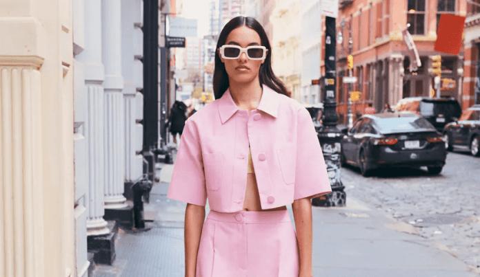 Φουλ του ροζ: 8 εκπτωτικά κομμάτια από τα Zara για girly εμφανίσεις