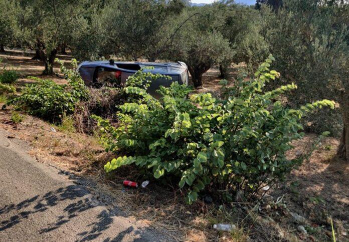 Σκοτώθηκε σε τροχαίο μέσα σε αυτό το χωράφι – Ξεψύχησε ο οδηγός μόνος και αβοήθητος