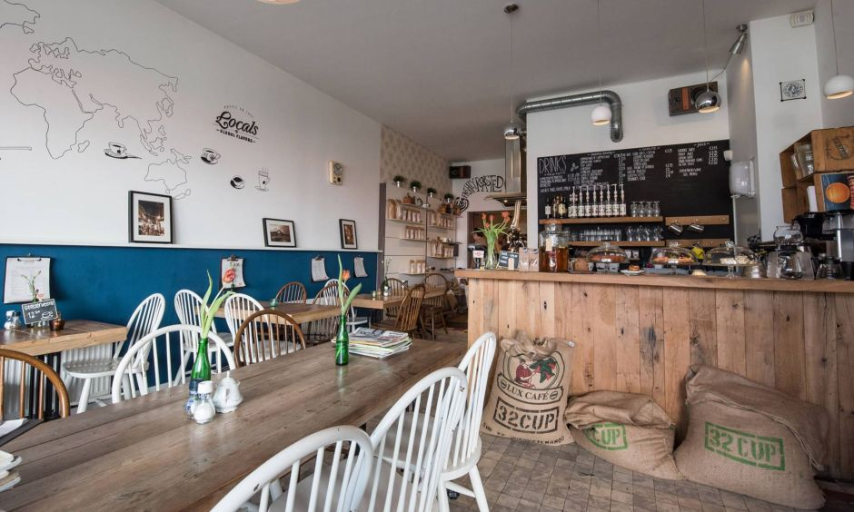 Koffiebar & Koffiebranderij Locals studieplek Tilburg