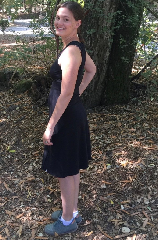 The perfect travel dress side view