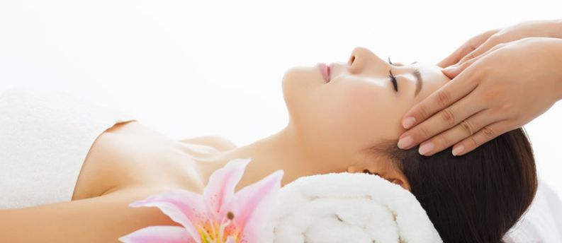 magnifaskin medical spa offers a range of facials for all skin types
