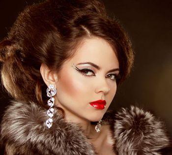 woman with popular fox eye makeup
