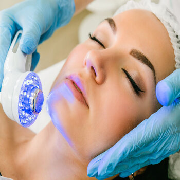 Beauty treatments to make you feel good - light therapy