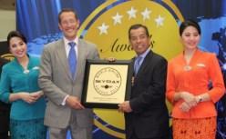 Highest Skytrax award 2014 Garuda Indonesia Airlines