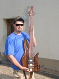 Magnus Guitars I Manuel Lohnes Custom Bass