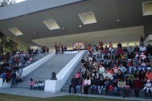 MIch-en-el-Colegio-de-Guerra-300x225