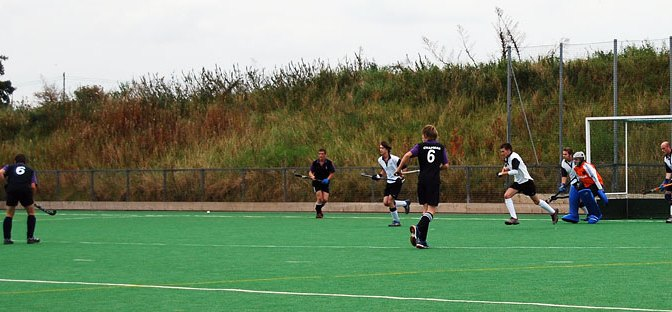 Magpies 3s v Pelis, won 2-1 – photos
