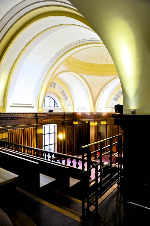Stoke Newington Town Hall East London Art Deco Wedding Venue 7