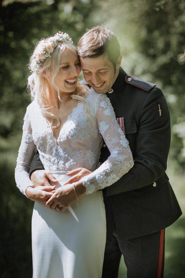 A Wonderful Military Wedding with Relaxed Wedfest Vibes