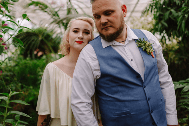 Modern Vintage Wedding Inspiration with Candy Colours and Tropical Vibes