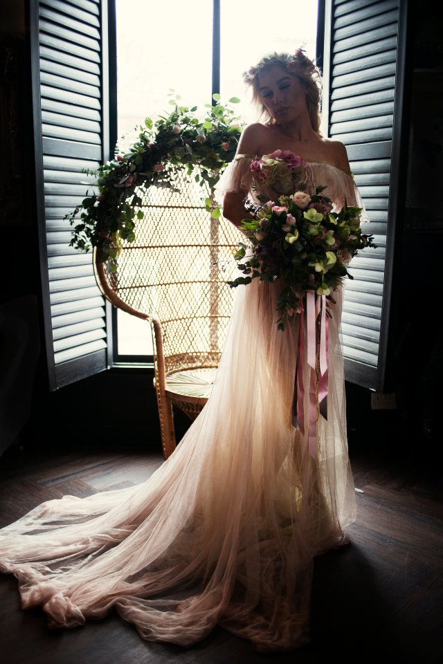 Boho Chic Wedding Inspiration with Pretty Pastels and a Coloured Dress