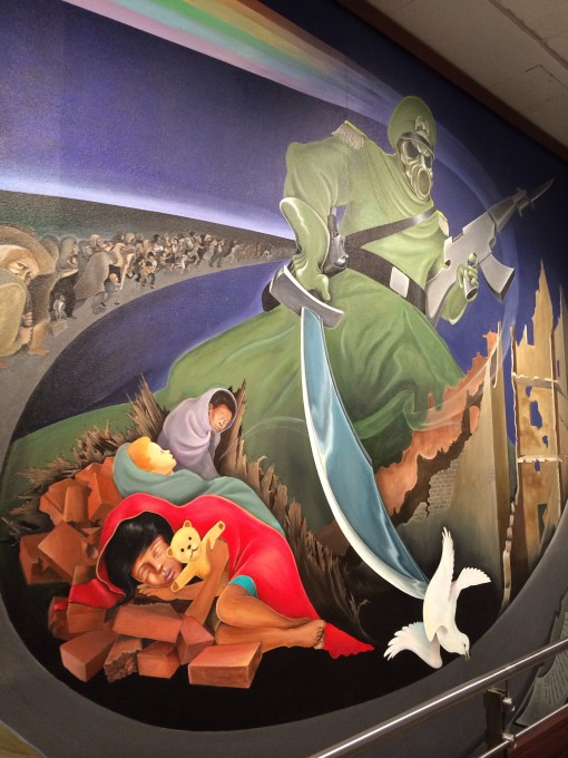 Eerie murals at the Denver Airport have conspiracy theorist buzzing.  What's your take?