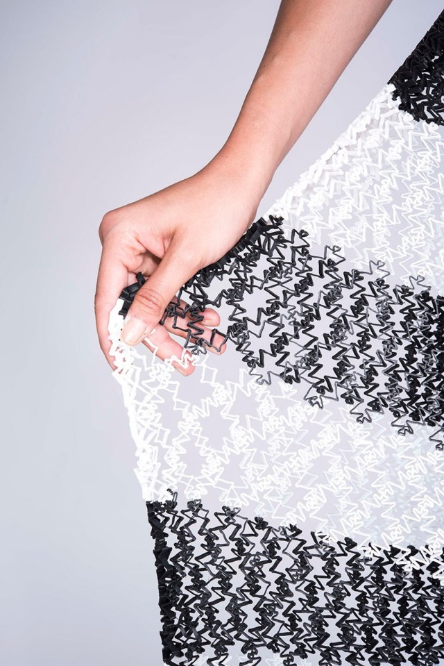 4-danit-peleg-3D-printed-fashion-collection-designboom-04-818x1226