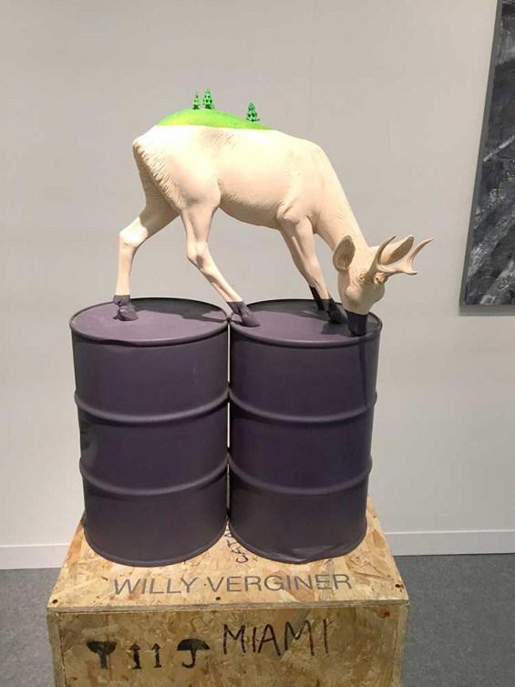 4-deer-drinking
