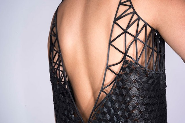 6-danit-peleg-3D-printed-fashion-collection-designboom-06-818x546