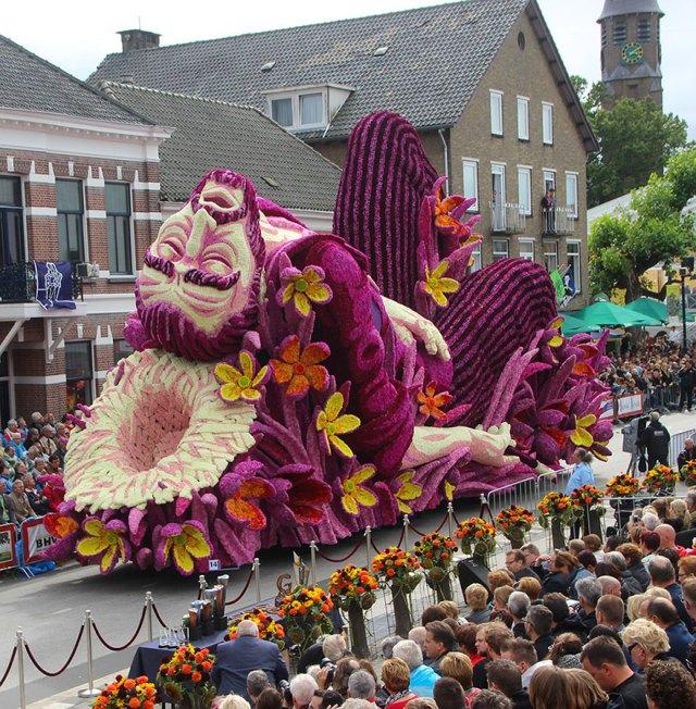 1-van-gogh-flower-parade-floats-corso-zundert-netherlands-1