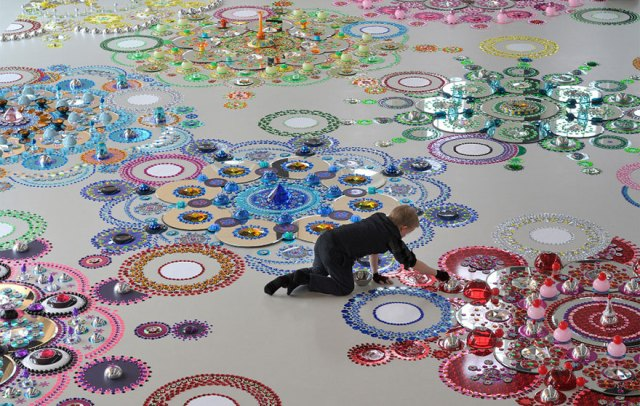 6-kaleidoscope-crystal-jewel-floor-art-suzan-drummen-1