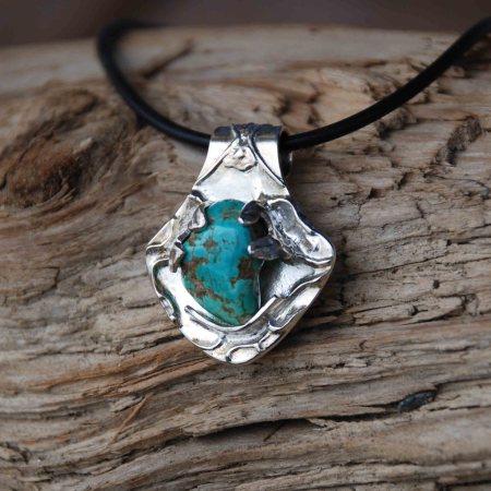 Silberanhänger aus Feinsilber mit natürlichem Türkis Stein