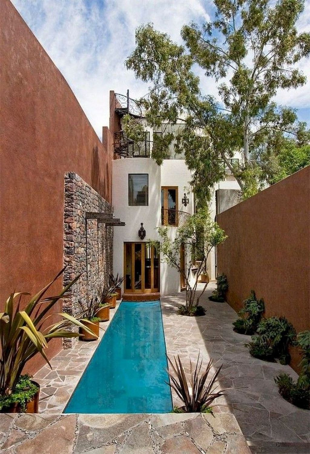 Gorgeous Summer Outdoor Pool Design Ideas 22