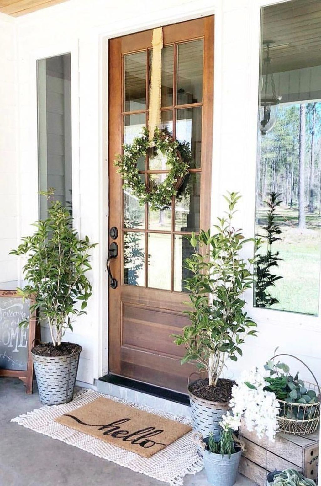 Inspiring Spring Planters Design Ideas For Front Door 02