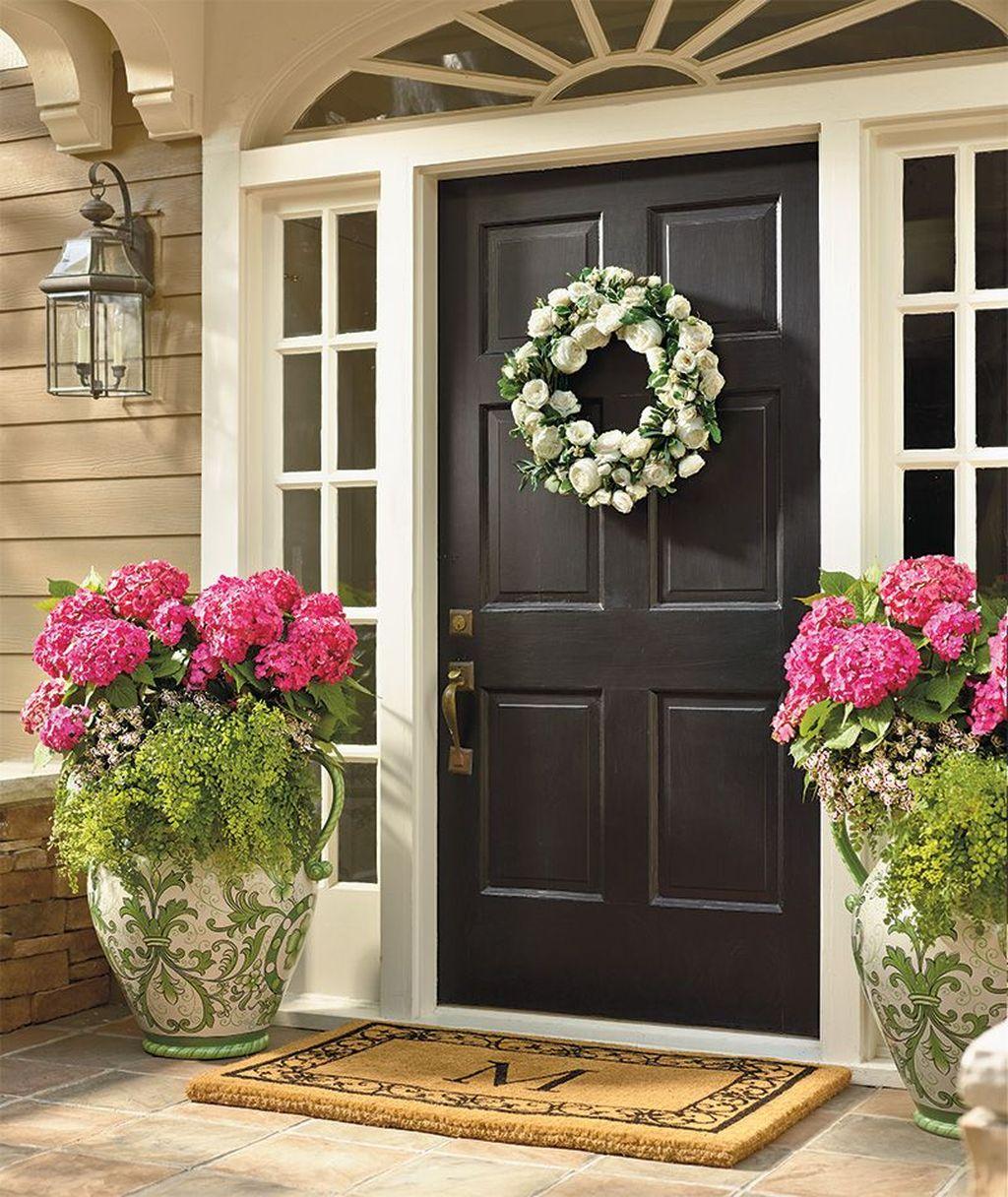 Inspiring Spring Planters Design Ideas For Front Door 14