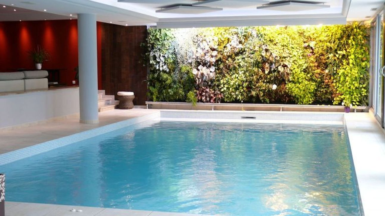 Lovely Small Indoor Pool Design Ideas 05
