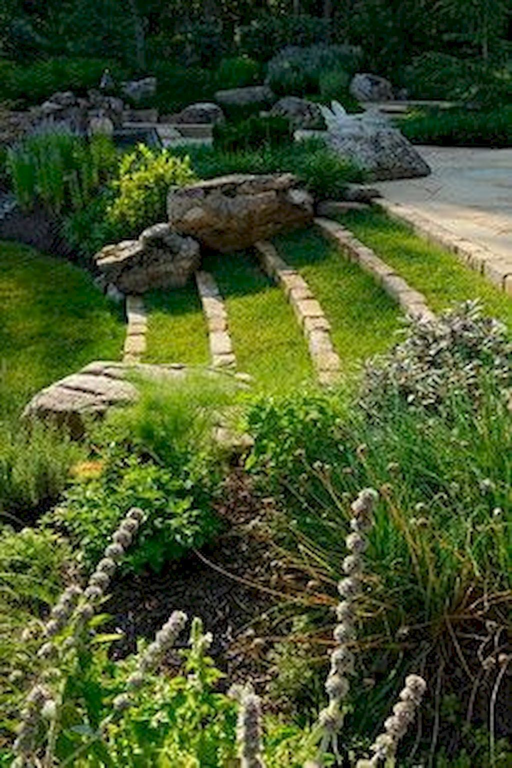 Stunning Summer Backyard Decoration Ideas 08