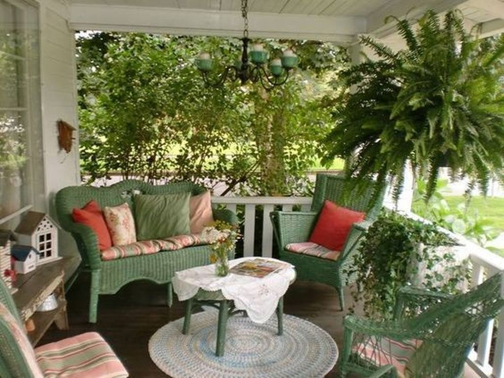 The Best Front Porch Ideas For Summer Decorating 08