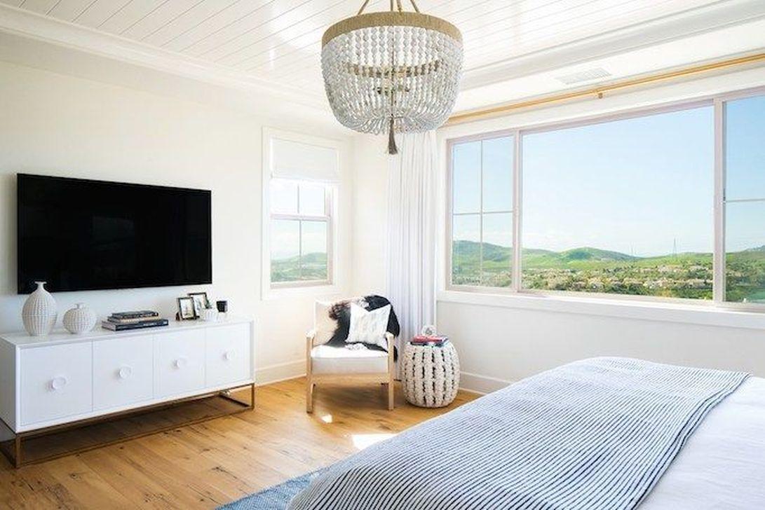 Wonderful Modern Coastal Bedroom Decoration Ideas 01
