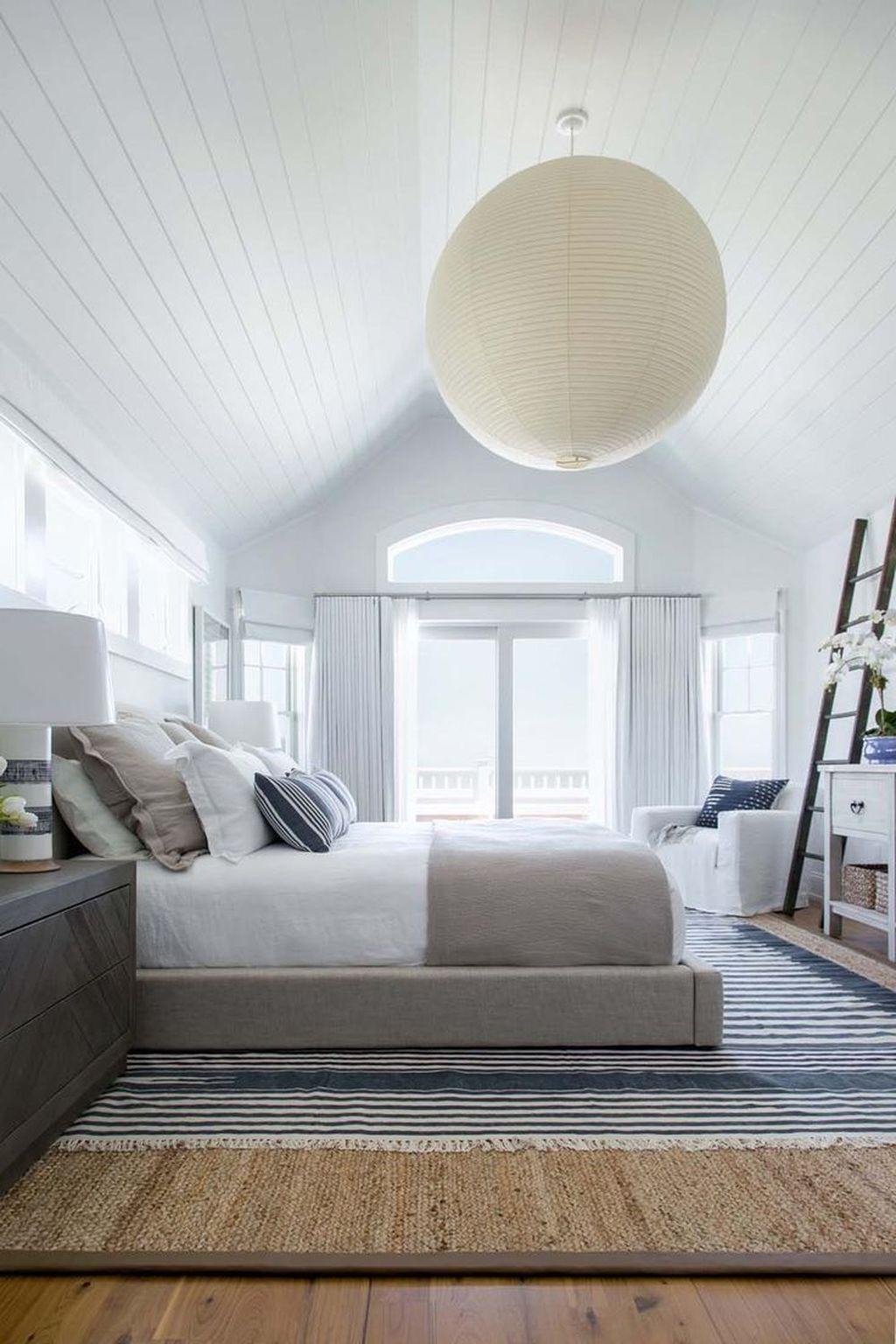 Wonderful Modern Coastal Bedroom Decoration Ideas 20