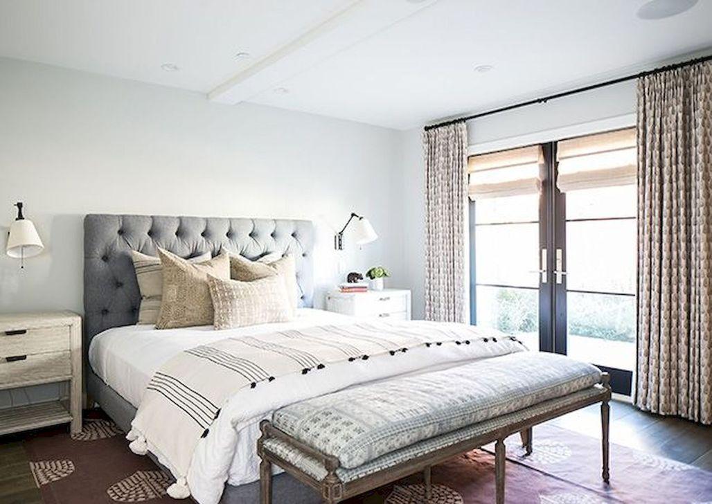 Wonderful Modern Coastal Bedroom Decoration Ideas 31