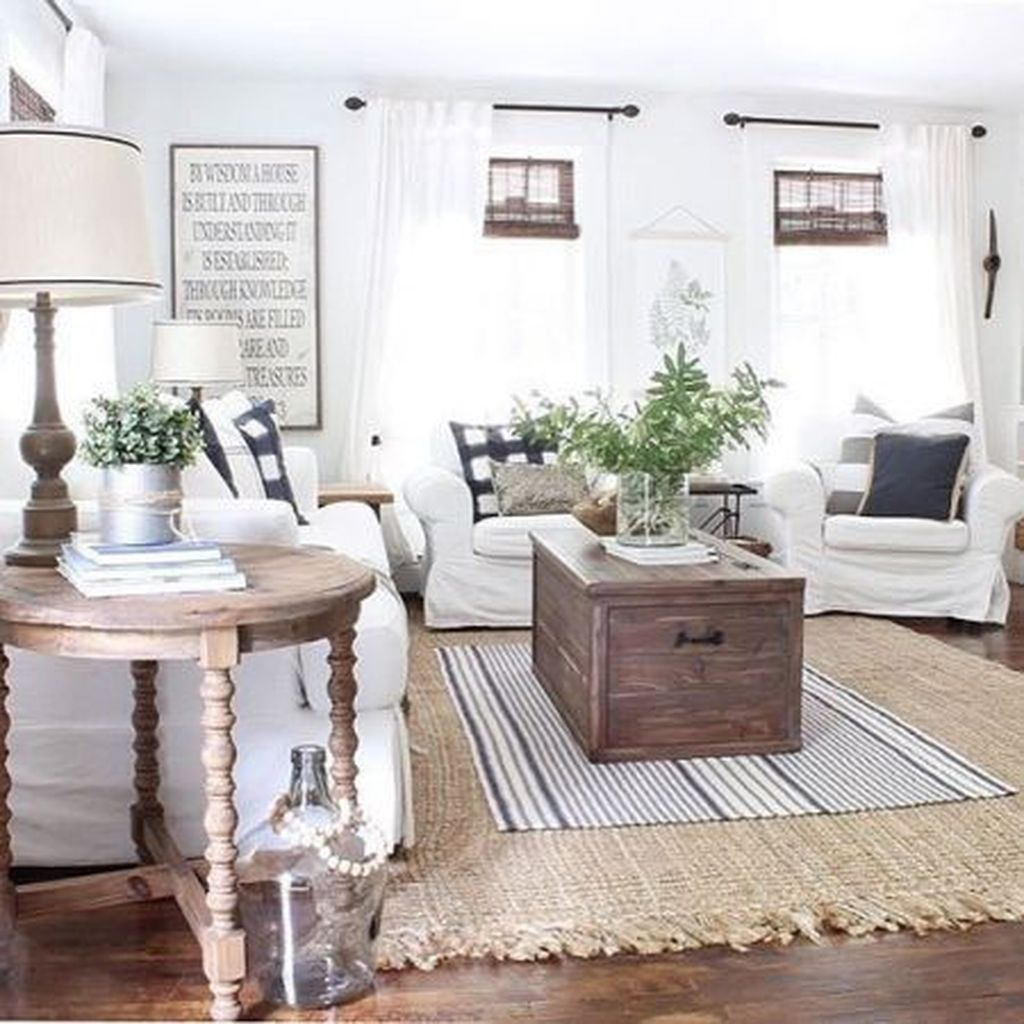 Amazing Bohemian Farmhouse Living Room Design Ideas 07