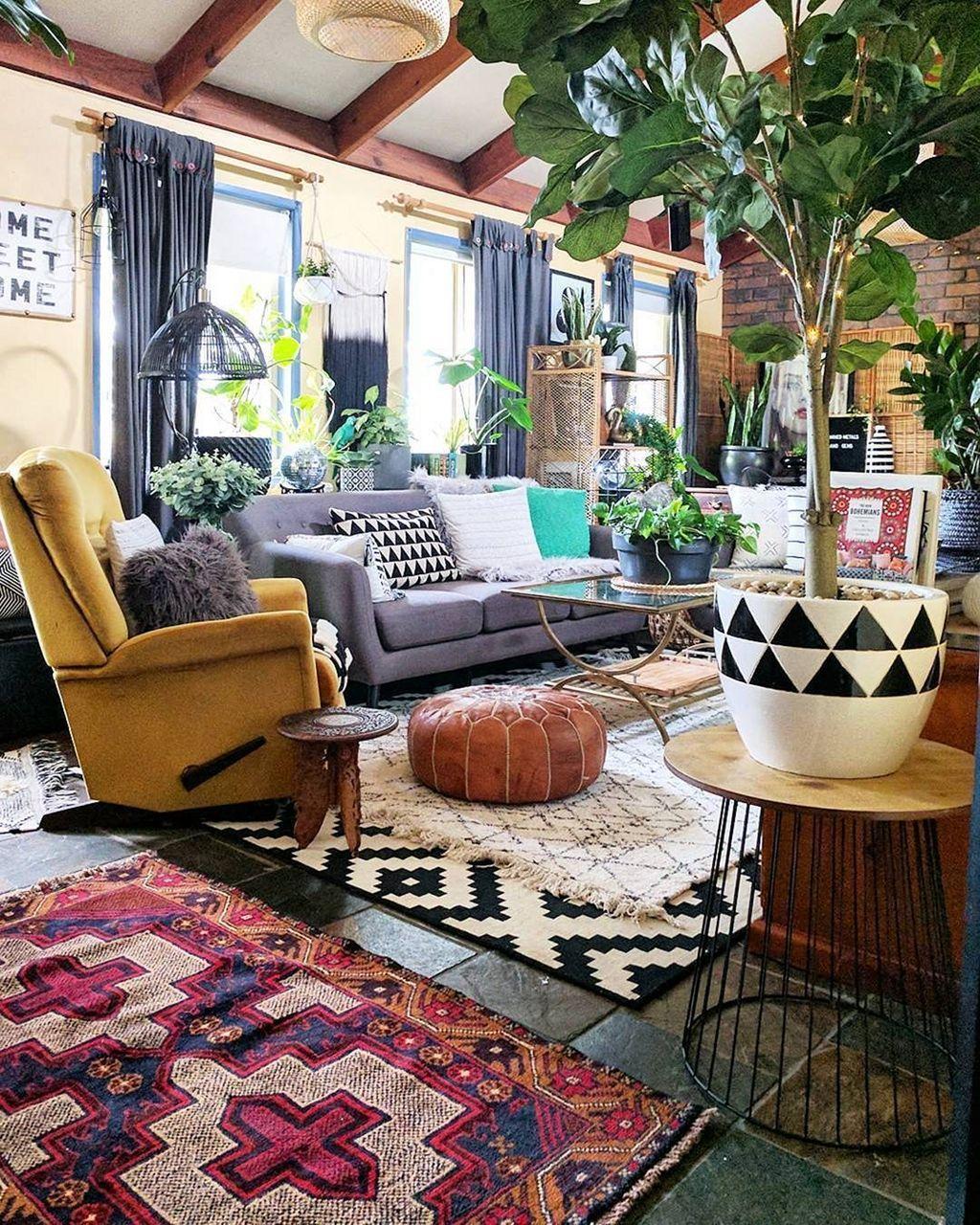 Amazing Bohemian Farmhouse Living Room Design Ideas 13