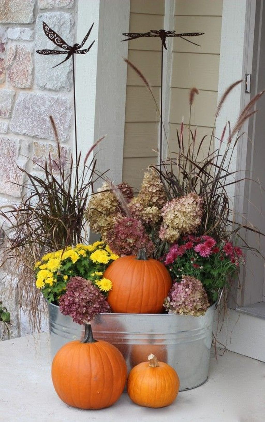 Amazing Fall Planter Ideas Best For Front Porches 03