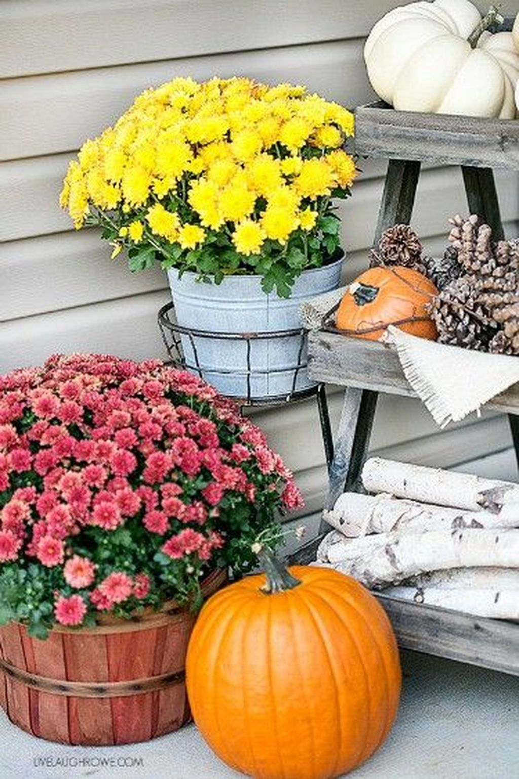 Amazing Fall Planter Ideas Best For Front Porches 12