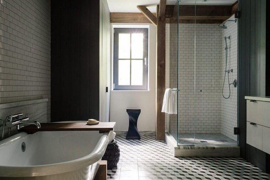 Amazing Rustic Barn Bathroom Decor Ideas 20